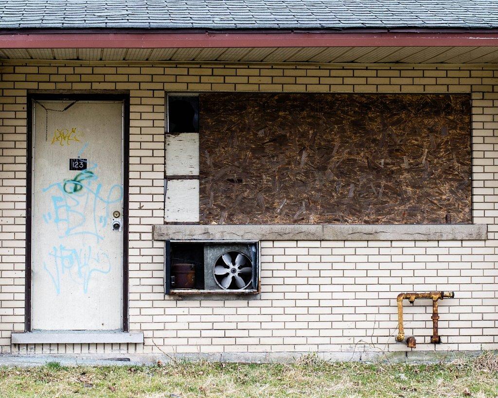 abandoned motel 1